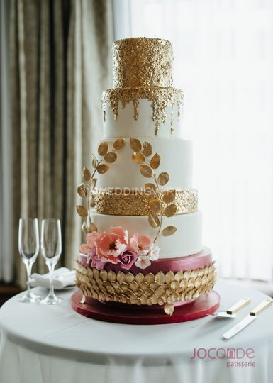 Burgundy and rose gold cake