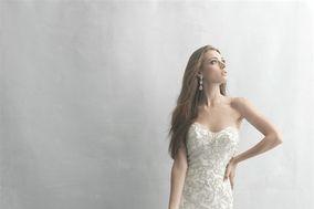 Paula's Elegant Bride