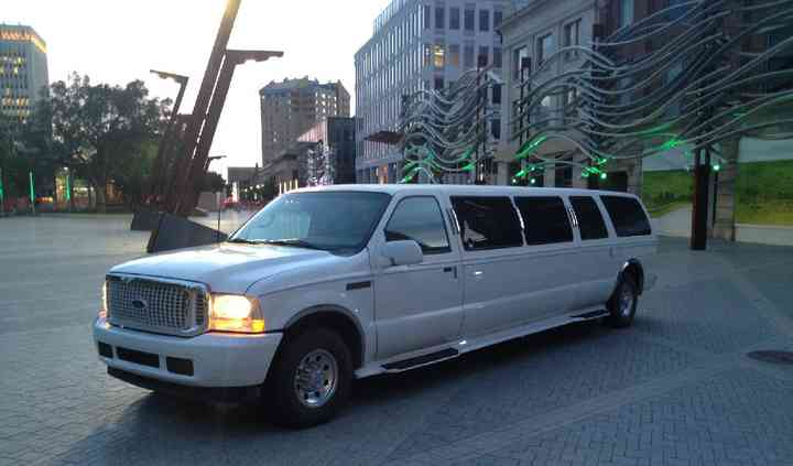 Skyline Limousines