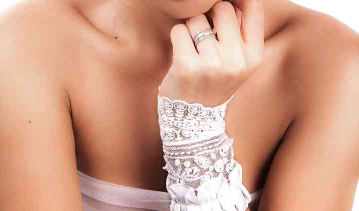 Romantic Lace Cuff