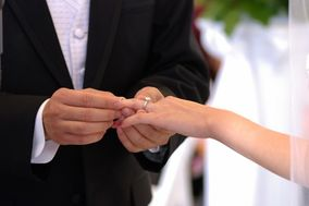 Mark Roberts - Officiant