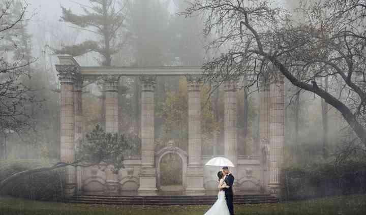 Dynamic Wedding Day Photos