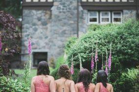 Fuzzi Moments Weddings & Events Co.