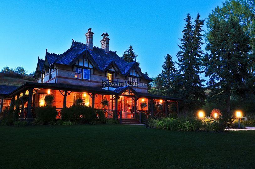 Bow Lake Inn Restaurant