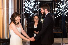 Adriana Rosselli - Humanist Wedding Officiant