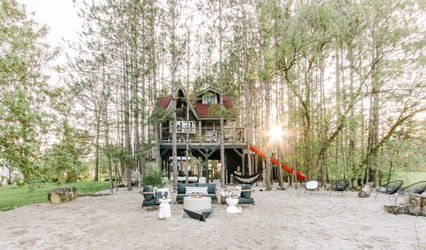 KNOWLTON & CO : Treehouse + Cabin Retreat