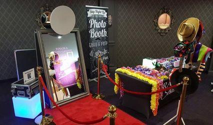 iClick Studio Photography & Photo Booth 1