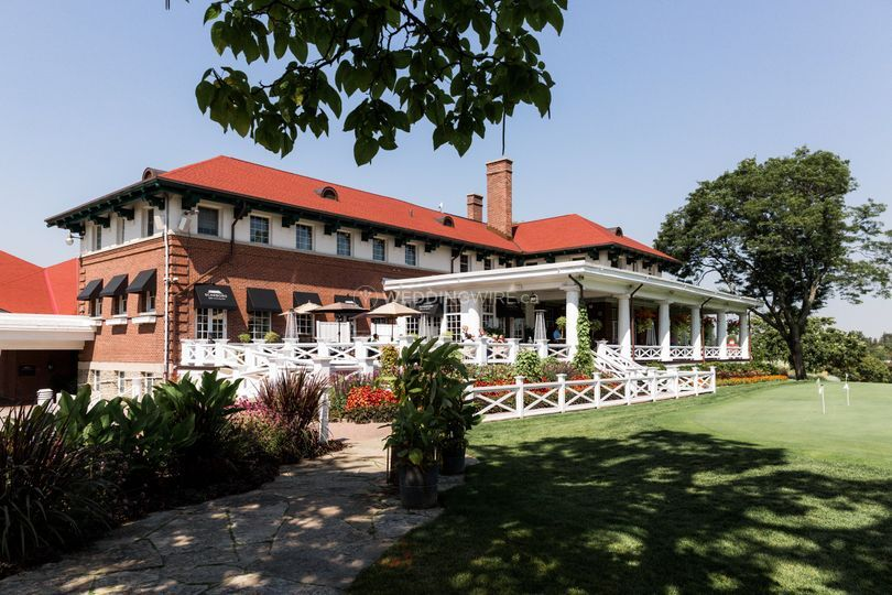 Elegant and Grand Country Club