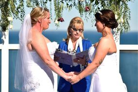 Diana Boyes - Wedding Officiant
