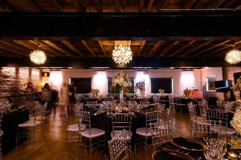Canvas Montreal Reception Loft Venue Montreal Weddingwire Ca