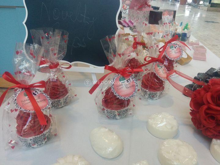 Bubble Bomb Cupcakes