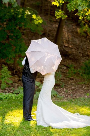 Toronto, Ontario bride and groom