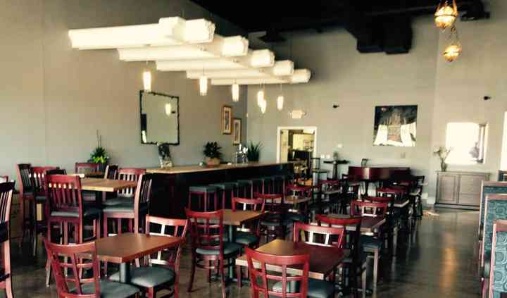 IZZY'S Pasta & Wine Bar