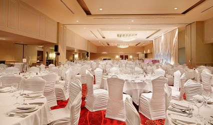 Pinnacle Hotel Harbourfront 1