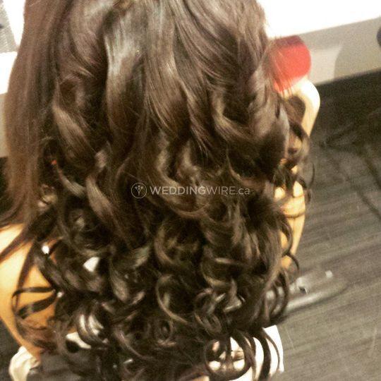 Hummi's Hair & Makeup