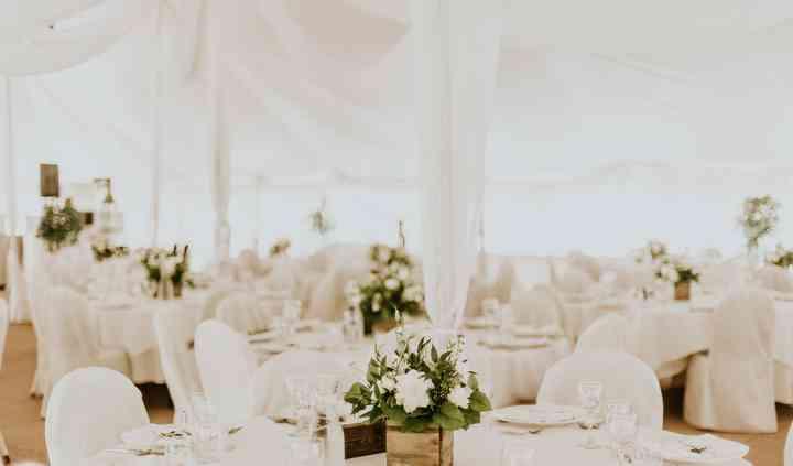 Sample all white decor