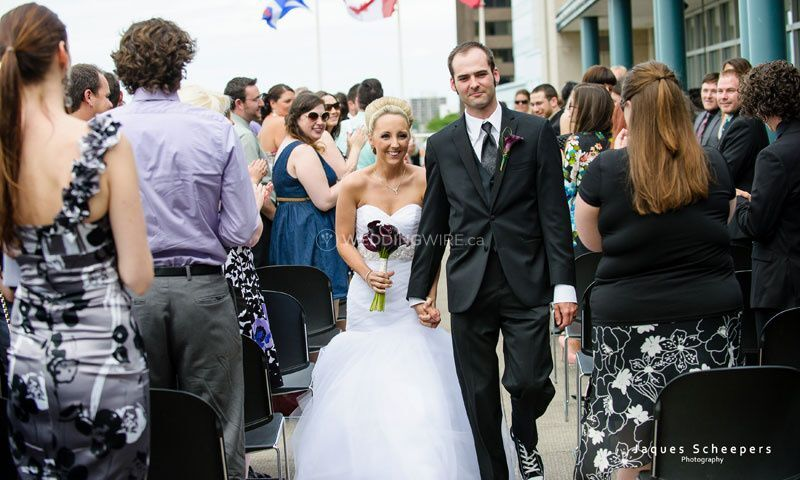 1 (1)waterfront windsor ontario wedding