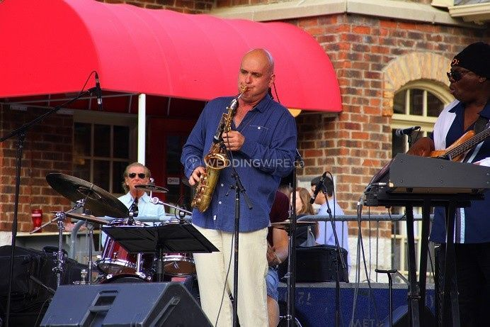Igor with Coldjack at Blue Mountain Jazz Festival..JPG