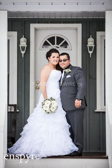 Stouffville, Ontario wedding couple