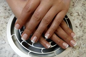 Mirific Nails