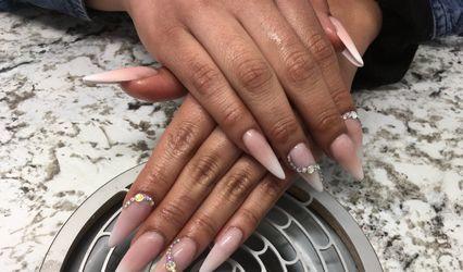 Mirific Nails 1