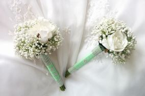Treasured Moments Flowers & Gifts