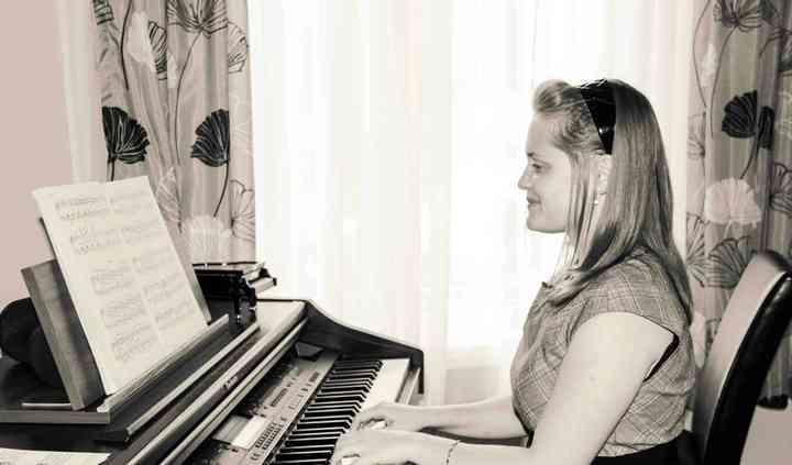 Ivana Jokic Pianist