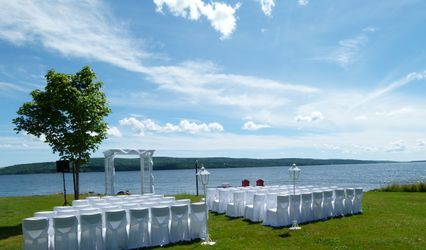 Inverary Resort on Baddeck Bay 1