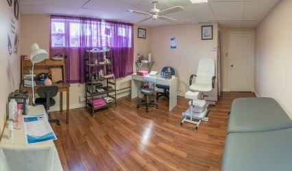 Wellness Care Aesthetic Center / Centre Esthétique Soins Bien-Être 1
