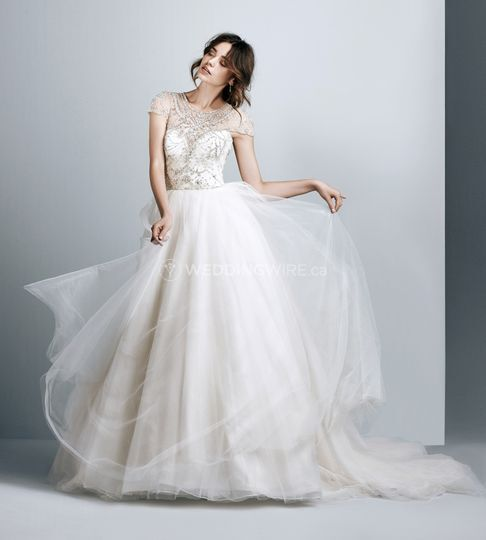 Wedding Gown Cleaning And Preservation Cost: Créations Vézina