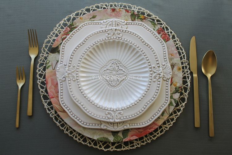 Floral charger plate