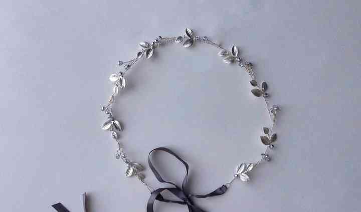 Bridal hair vine / sash