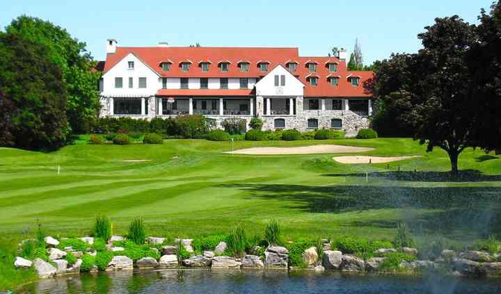 Pointe-claire, quebec golf wedding venue