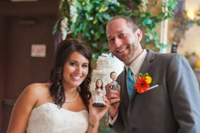 Mini Me City - Custom Wedding Cake Topper