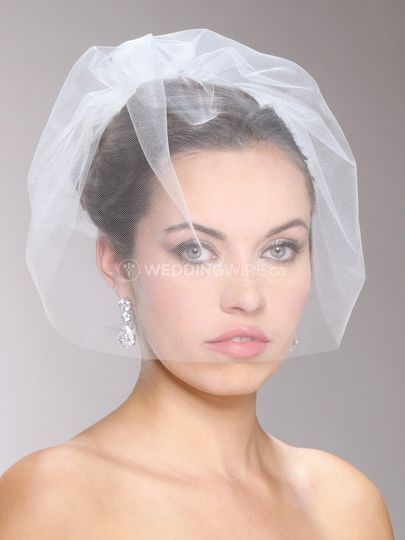 birdcage blusher wedding veil.jpg