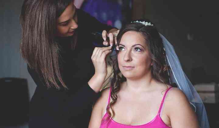 Soft Glam for this bride
