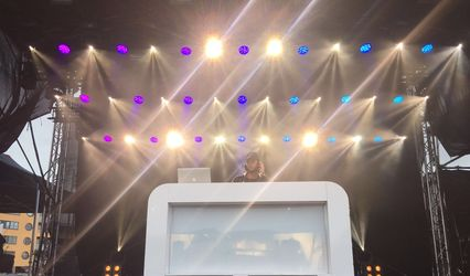 Your DJ 1