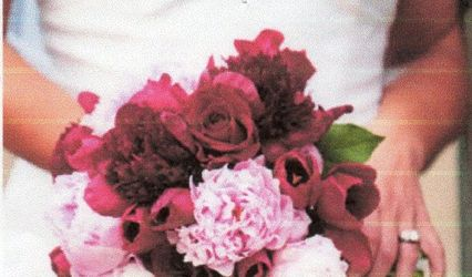 Simply Unique Flowers & Gifts