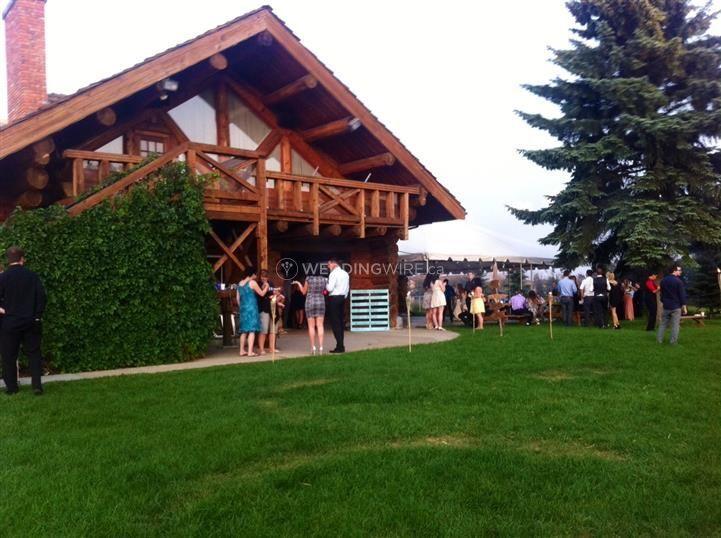 Edmonton wedding lodge venue