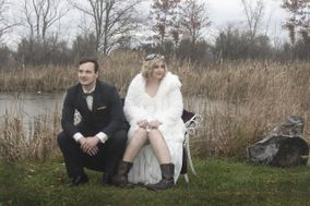 Elope With Vintage Vows Niagara