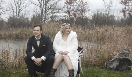 Elope With Vintage Vows Niagara 1