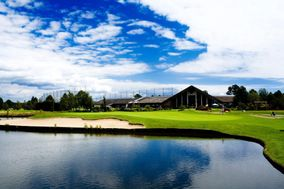 Mayfair Lakes Golf & Country Club