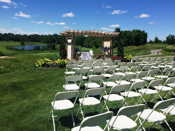White ceremony seating