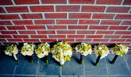 Creative Touch Wedding Flowers 1