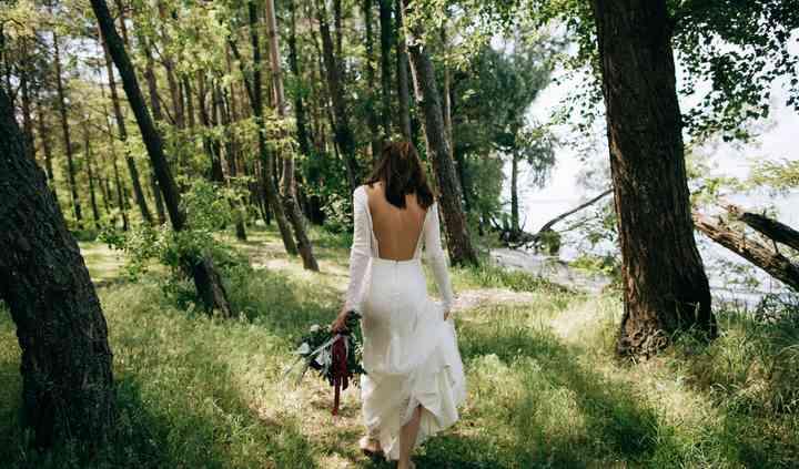 Bride's walk to groom