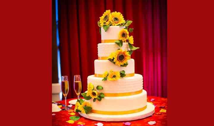 Wedding Cake with slab cakes
