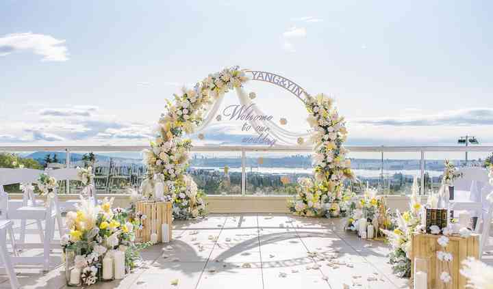 Hollyburn Country Club - Venue - West Vancouver - Weddingwire.ca
