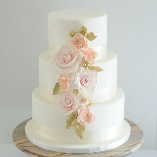 Yuki Bakery Wedding Cake Montreal Weddingwire Ca