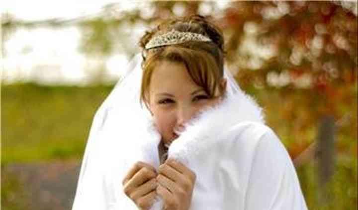 mel's bridal capes & crinolines