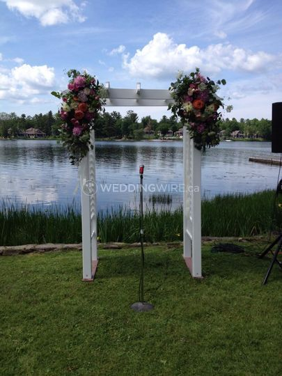 Lakefront Ceremony